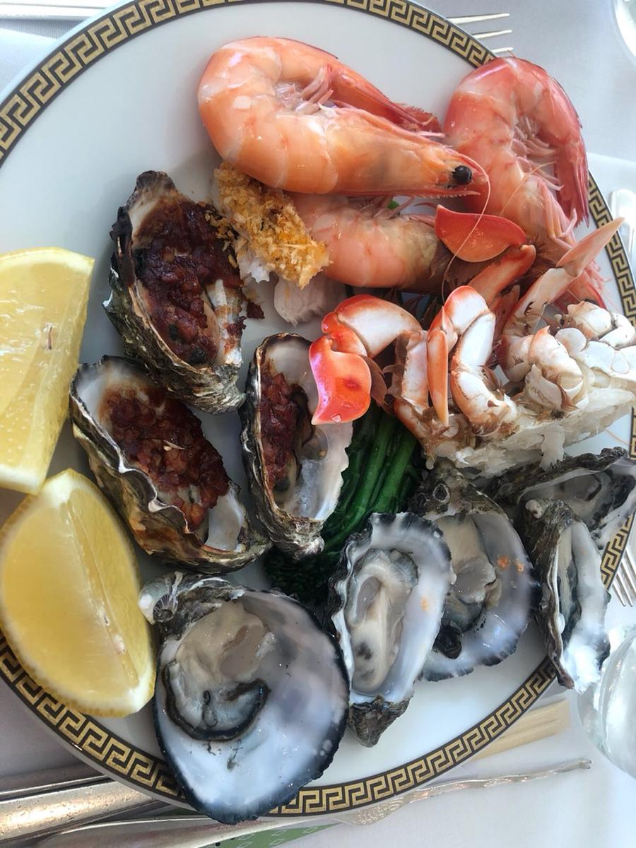 Le Jardin Royal Couture High Tea And Il Barocco Seafood Buffet At Palazzo Versace In Gold Coast Australia Klook