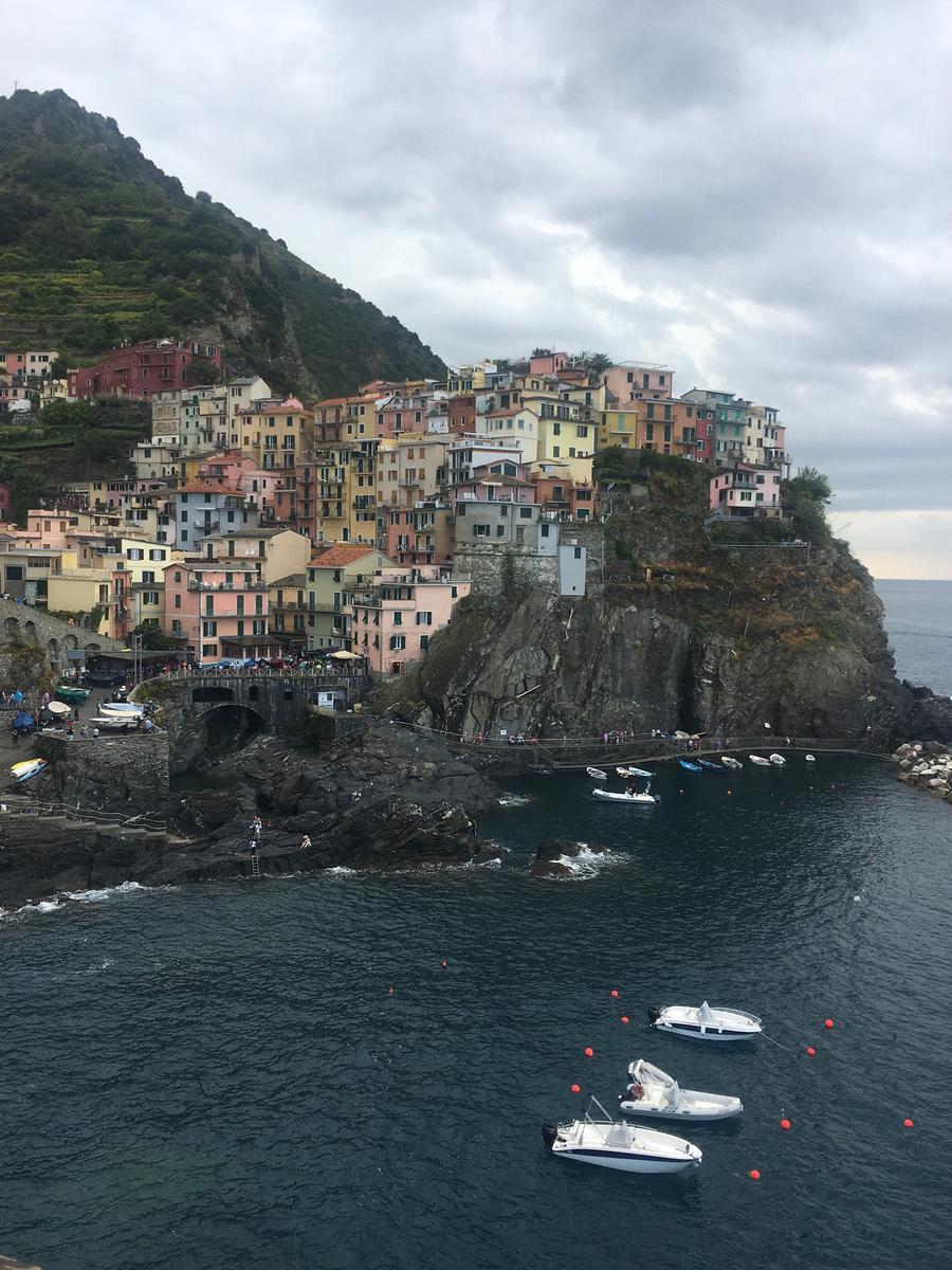 cinque terre guided day trip from milan - klook