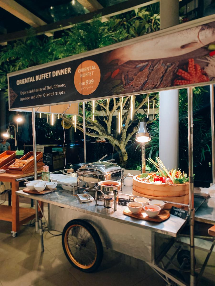Special Buffet Dinner at Bubbles Restaurant by Grand Mercure