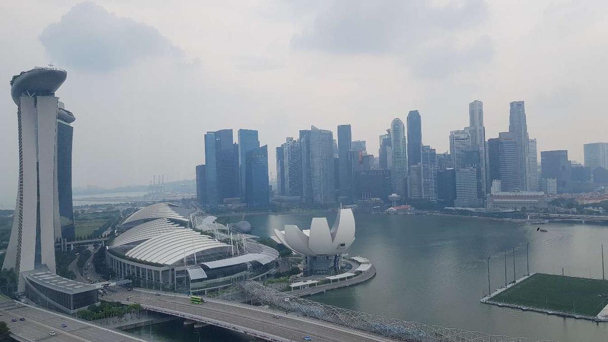 uhrzeit in singapur
